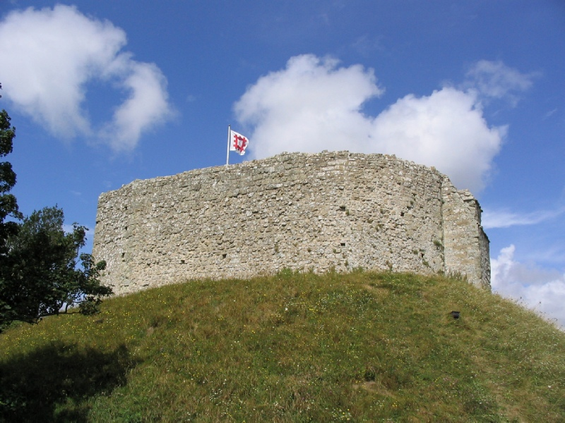 Did what happened at carisbrooke castle (english civil war?) affect a lot of people?
