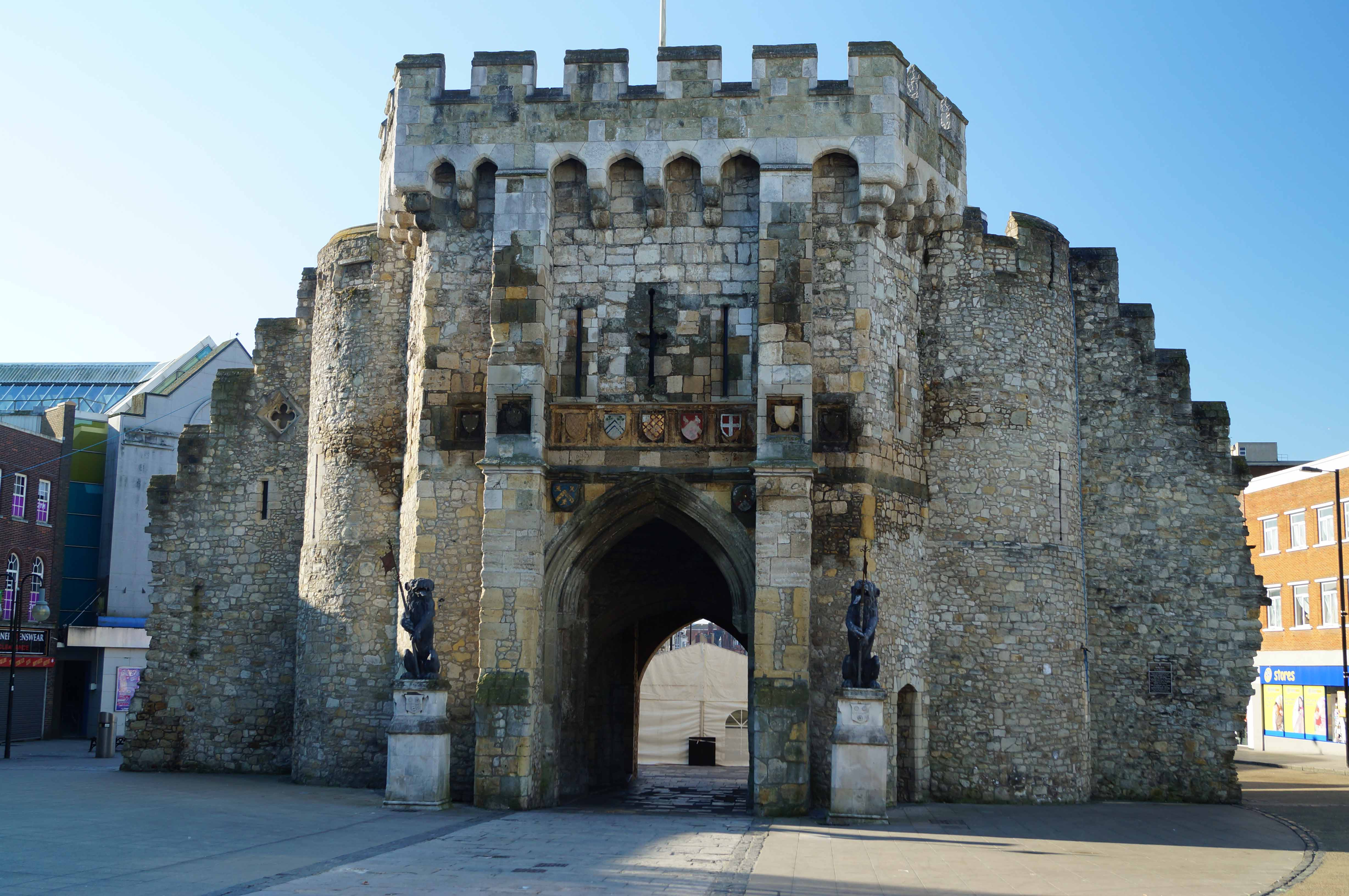 Southampton Castle and Town Walls | South East | Castles ...